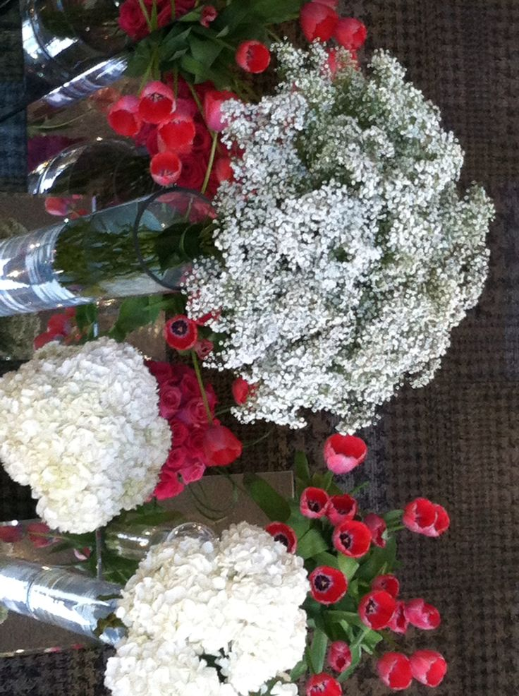 Baby's breath, white hydrangeas and lipstick pink tulips.....lobby of White Oaks Spa Resort, Niagara-on-the-Lake Canada.