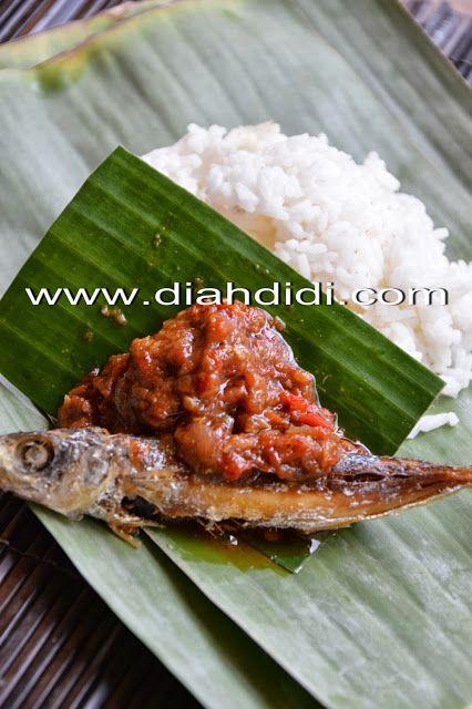Diah Didi's Kitchen: Sambel Tomat Ikan Pindang & Lodeh Terong