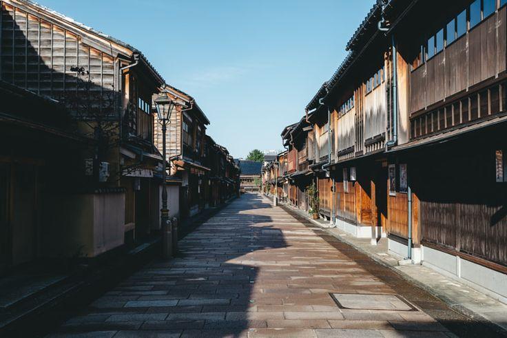 Higashi Chaya Gai / ひがし茶屋街 by Yoshiro Ishii - Photo 228392727 / 500px
