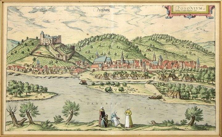 Originál starokolorovaná medirytina mesta Bratislava, z r. 1593. Rytina patrí k umelecky najhodnotnejším a najvzácnejším Bratislavským vedutám. Pohľad z pravej strany Dunaja na mestský celok s hradom. Pod hradom sa rozkladajú domy starého podhradia s vyššou kamennou stavbou - vodnou vežou. Mesto obklopujú kopce viníc a z druhej strany široké rameno Dunaja. V popredí skupina žien. Kuriozitou je, že ženy sú oblečené skôr v holandskom než uhorskom dobovom oblečení.