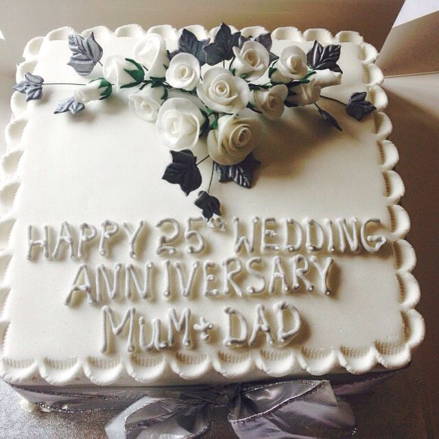Anniversary cake for my mum and dad!!