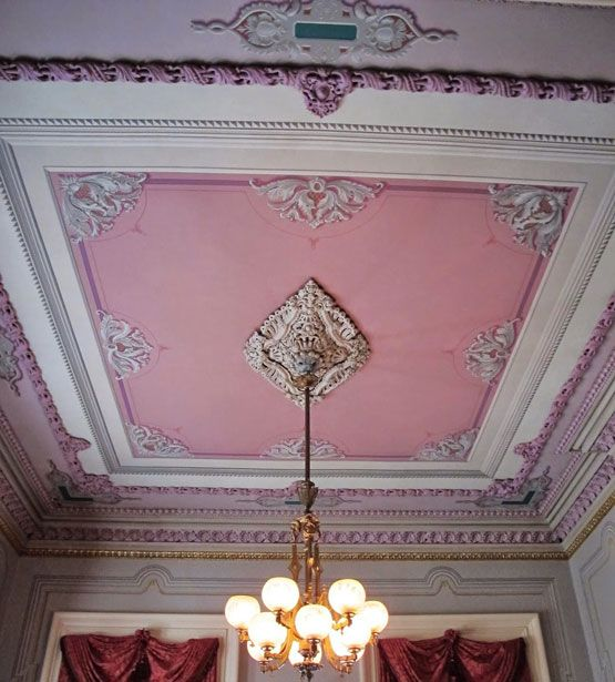 7.8.14: Big Old Houses: Victoria Lives ... in Indiana | New York Social Diary