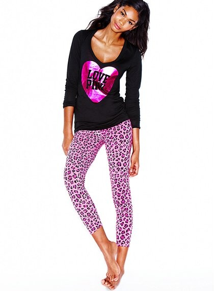 Yeah I am pretty sure they made this for me... PINK LEOPARD PRINT LEGGINGS!