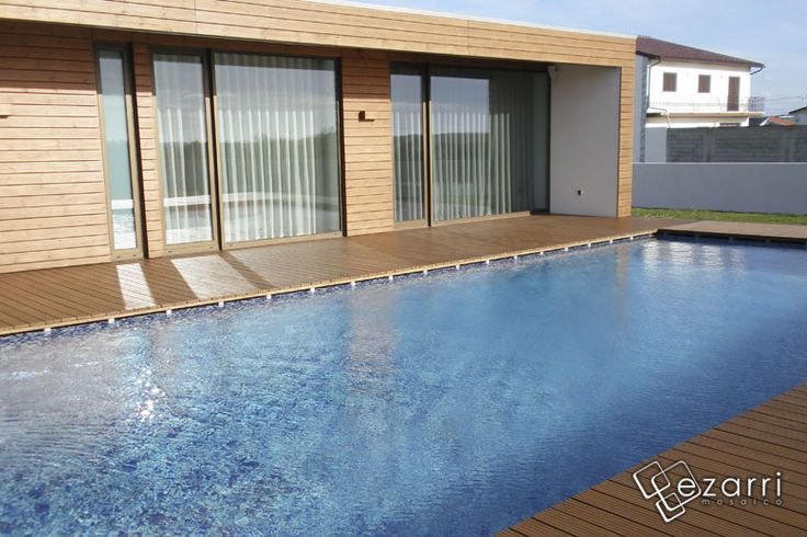 Emaux de verre oasis carrelage piscine pinterest for Piscine reflea