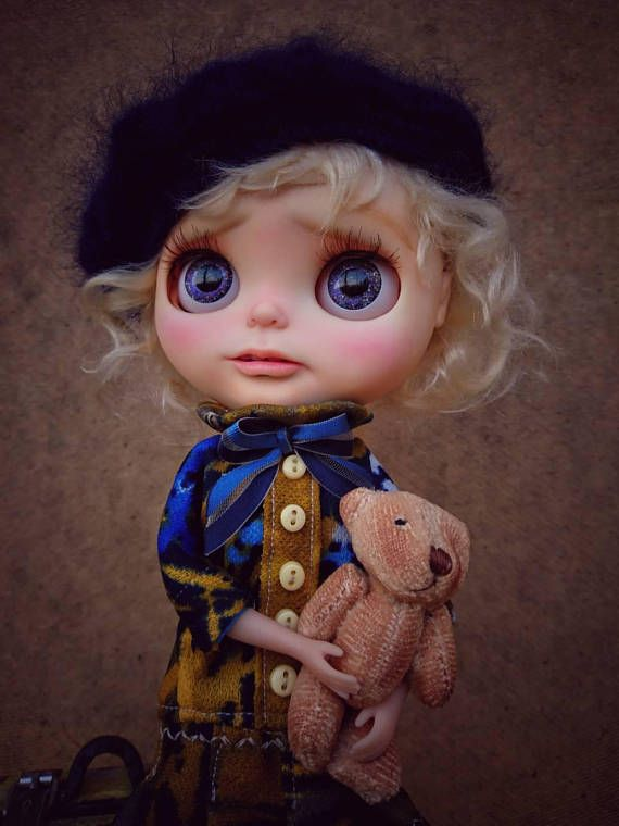 Guarda questo articolo nel mio negozio Etsy https://www.etsy.com/it/listing/535305770/ooak-customed-factory-blythe-doll-maple