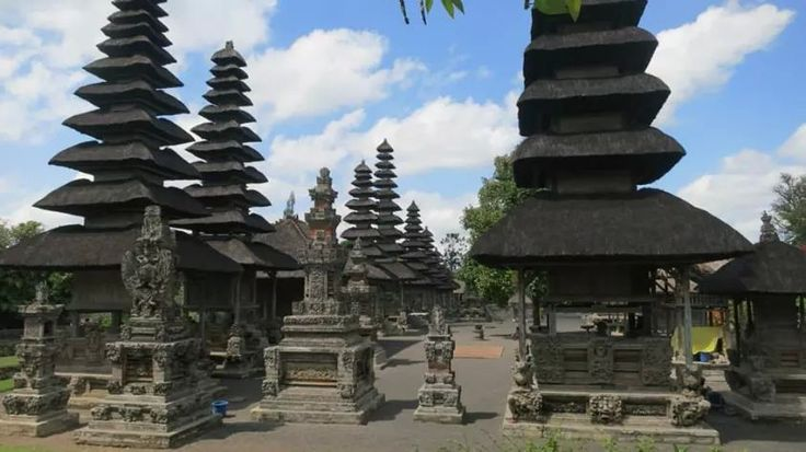 Pura ayun-Bali