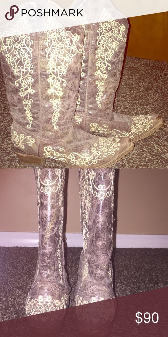 Women's Corral Vintage Boots Brown with cream embroidery corral Shoes Heeled Boots