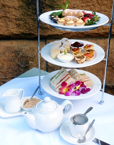 Have quiet afternoon tea or have a tea party