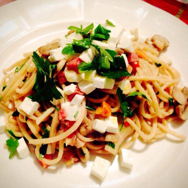@Cookerfeed Tagliolini con funghi, speck e primosale #pasta fresca #tagliolini con #speck #funghi e #primosale