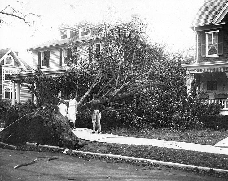 Hurricane Hazel strikes the Peninsula