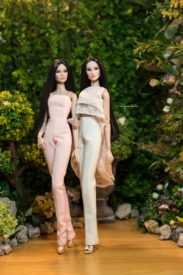 https://flic.kr/p/JVKVmj | The Sisters by Aquatalis | Tatyana & Erin from Fashion Royalty and Nu Face Makeover & Photos by QuanaP Outfits by AlexNg Available on our ETSY Store : www.etsy.com/shop/AquatalisBoutique