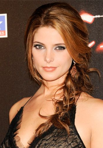 Ashley Greene.  Love the color!
