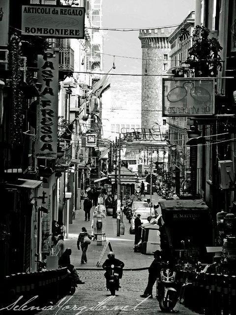 Napoli, Italy ,)