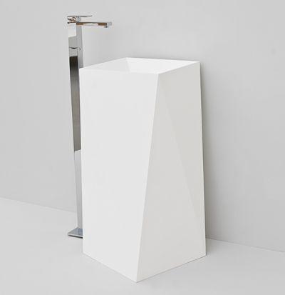 Sharp, design Meneghello Paolelli Associati #freestanding #washbasins #design #lavabo #centrostanza #TheArtceram.