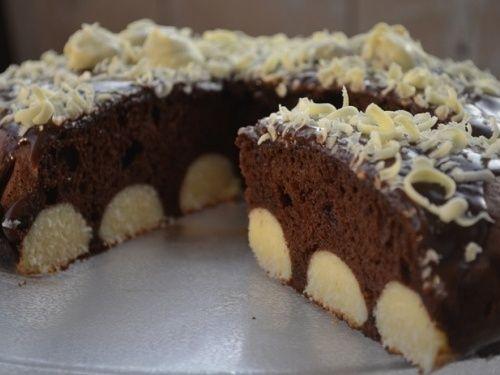 Prajitura cu ciocolata si bilute de cocos - imagine 1 mare