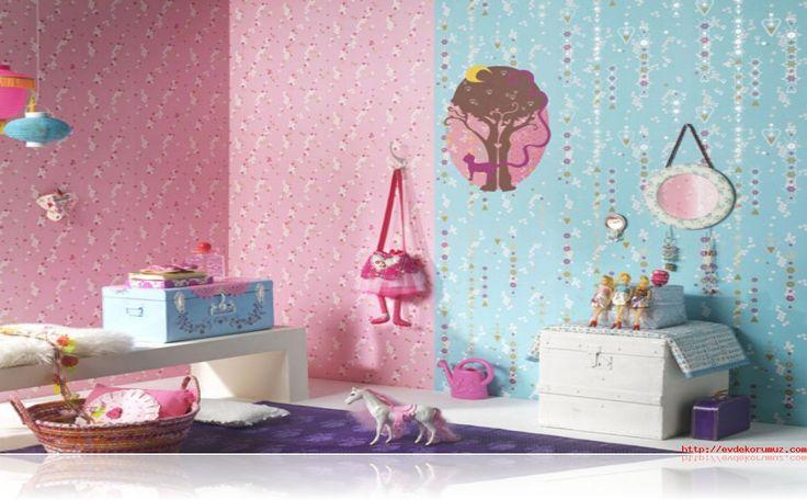 Şık bebek odası duvar kağıdı