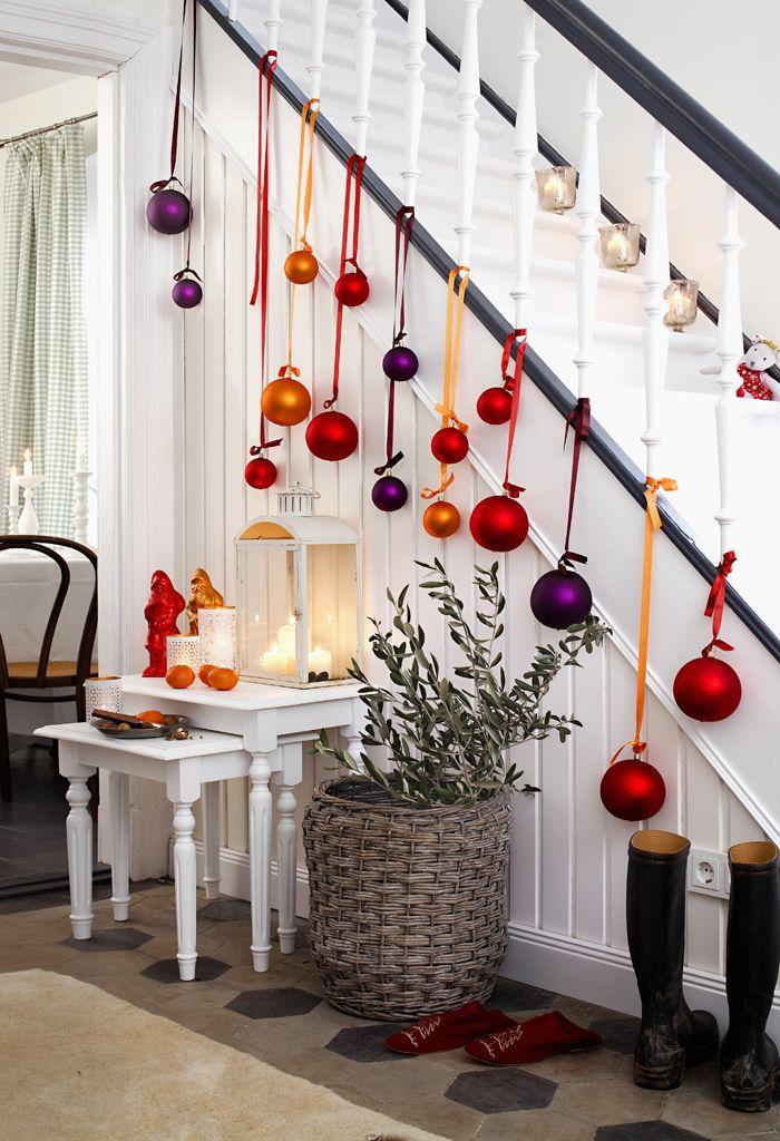 Der Advent ist die Zeit der Vorfreude. Wir zeigen euch viele Dekoideen mit denen ihr euer Zuhause für Weihnachten schmücken und einrichten könnt!