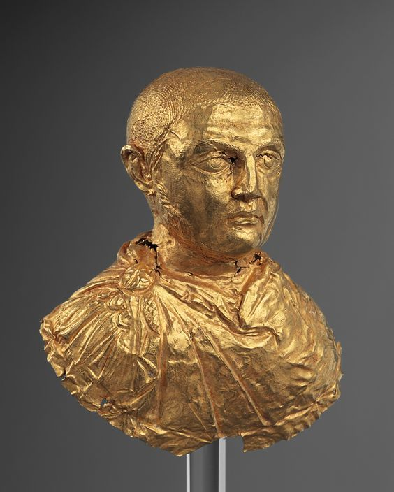 Roman gold bust of the emperor Licinius, 300-320 A.D. Private collection