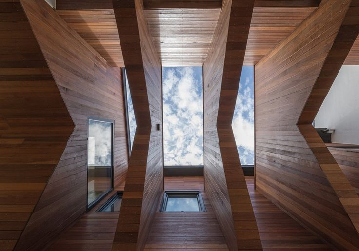 Ulsan, South Korea Rieuldorang Atelier  Images Yoon Joonhwan (via @dwellmagazine ) #architecture #instarchitecture #koreanarchitecture #timber #timberdesign #housedesign #modernhouse #moderndesign #rieuldorangatelier