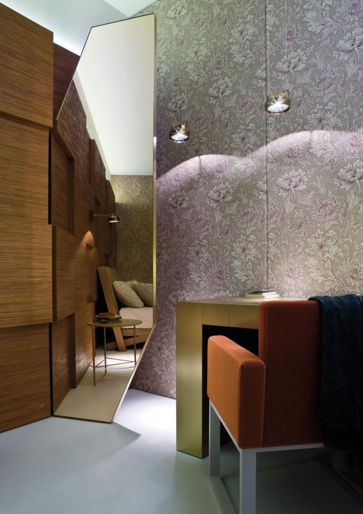 Showroom -  Bedroom with Stars Console, BD 03 Chair and Decor Acoustic Wall Panels Laurameroni