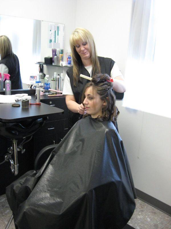 Black shiny cape like it hairsalon pics for A p beauty salon vancouver wa