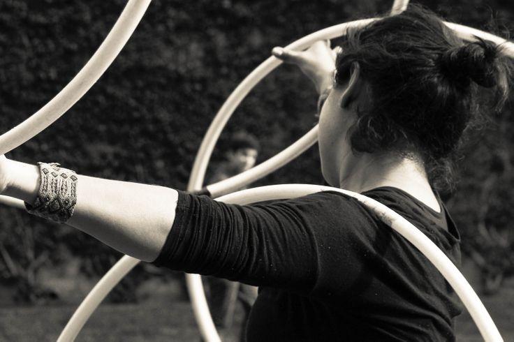 El MUJAM (Museo del Juguete Antiguo Mexico) celebró el World Hoop Day con talleres y exposiciones, tuve la oportunidad de exponer esta serie en esta celebración. :D Hooper: Selenia 2013 Fotografía por: Karuna Photography  -Hula Hoop / Retrato /Portrait