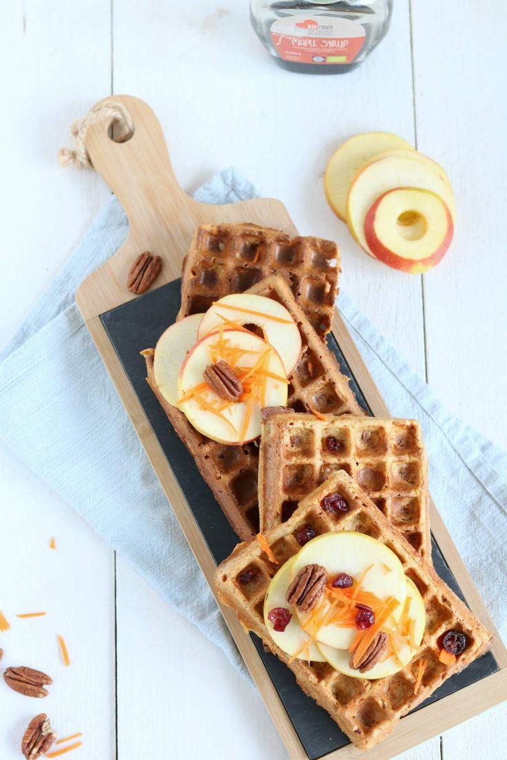 Ontbijtwafels (carrot cake wafels). Een heerlijk ontbijt om het weekend mee te starten.