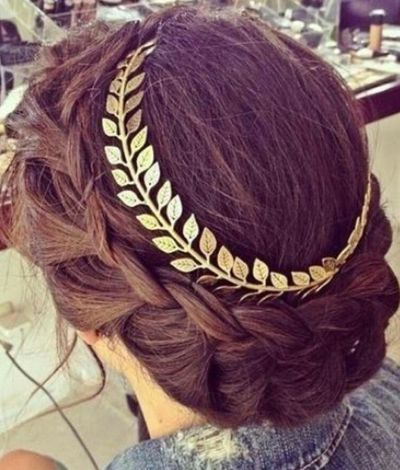 Grecian Hairstyles: The Crowned Low #Braid
