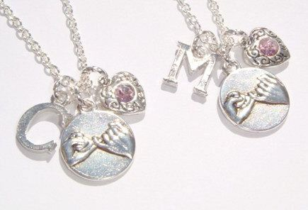 2 Pinky Promise Necklaces - Best Friend Jewelry - Initial Jewellery - Pinky Swear Pendants - Matching Necklace Set - Personalized Gift by BellaAniela on Etsy https://www.etsy.com/listing/241462013/2-pinky-promise-necklaces-best-friend