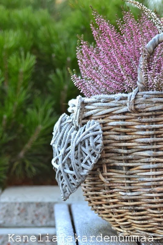 """Portailta / Basket full of flowers & a Twig Heart... Love...... """"Rustic Chic Celebrations"""" <3"""