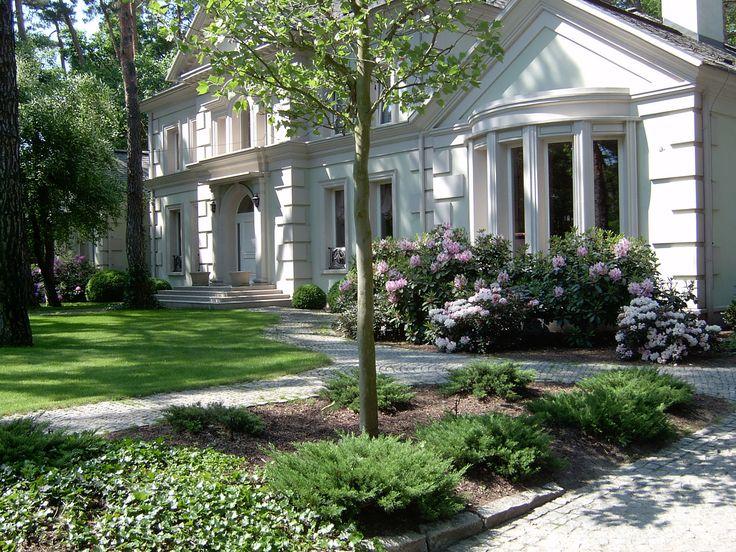 Znalezione obrazy dla zapytania ogród przy rezydencji