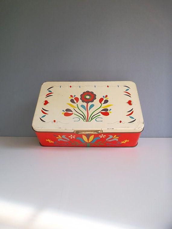 Vintage tins on etsy  https://www.etsy.com/listing/188915211/1950s-vintage-tin-italian-tin