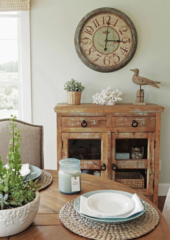 Distressed Chest. Distressed chest is from Home Goods, clock is from Hobby Lobby. Distressed Chest. Distressed Chest #DistressedChest #DistressedFurniture Home Bunch Beautiful Homes of Instagram wowilovethat