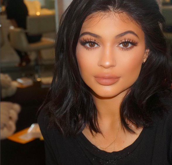 The One Subtle Change Kylie Jenner Made That Changed Her Whole Entire Look | Cambio