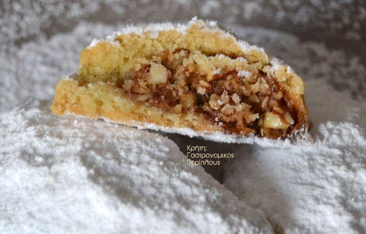 Πατούδα: παραδοσιακό γεμιστό γλύκισμα από τη Λάστρο της Σητείας - Κρήτη: Γαστρονομικός Περίπλους