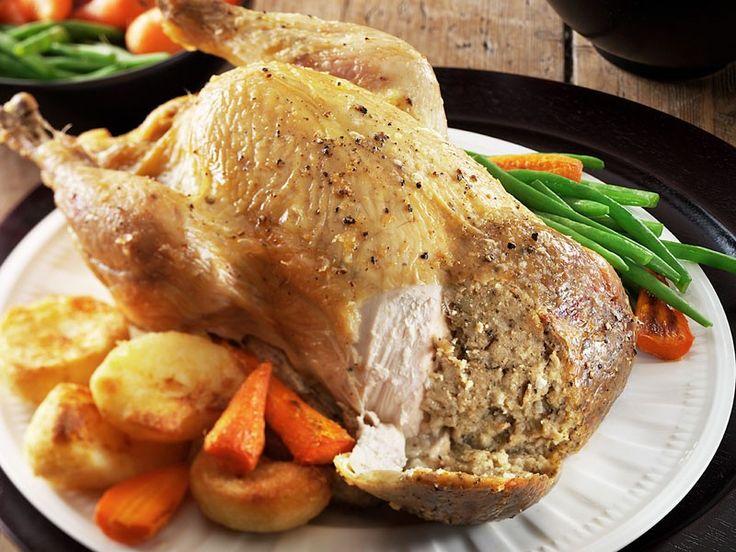 Galinha de Natal Recheada (Stuffed Christmas Chicken)