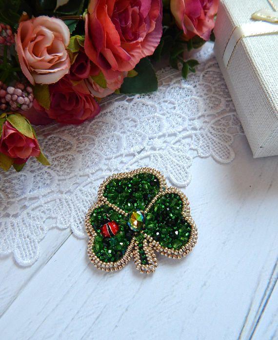 Brooch clover Brooch Shamrock Beaded brooch handmade #brooch clover #brooch shamrock #clover #Beaded clover