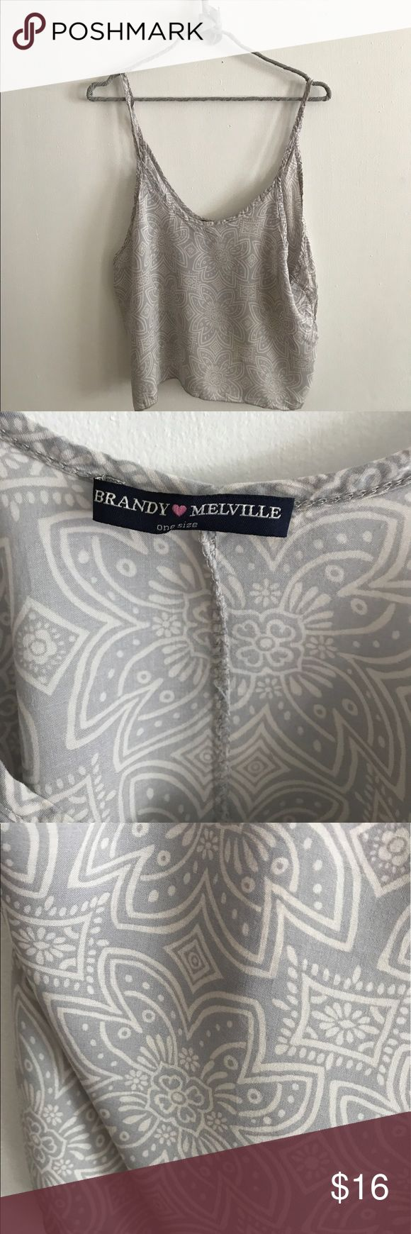 Brandy Melville tank top Perfect for music festivals! Cute with shorts. Brandy Melville Tops Tank Tops