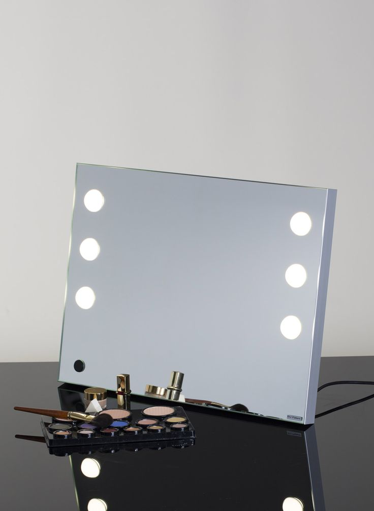 MDE-TABLE PORTABLE VANITY MIRROR. Makeup Vanity Mirrors. Cantoni for makeup artists, makeup schools, and professionals. The frame and structure of the MDE-TABLE vanity makeup mirror is in satin finish aluminium,  with rear foldable support.  The mirror has 6 luminous lenses set directly in the mirror surface. The lighting system is based on the I-light technology, Cantoni patented, developed to create a daylight effect. #cantonimirror #makeupmirror #lightedmirror