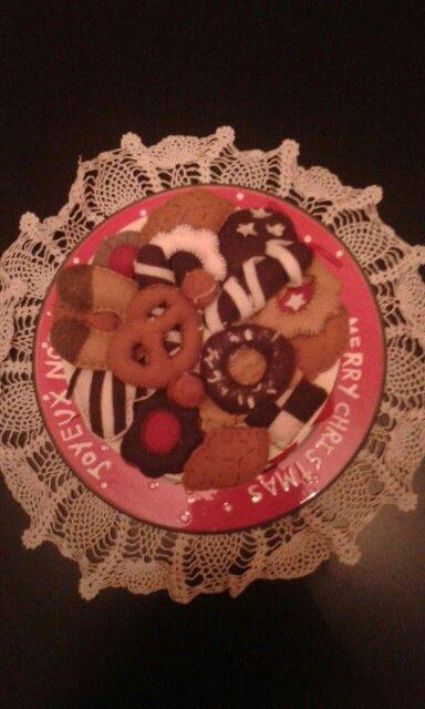 Scatola finti biscotti 1