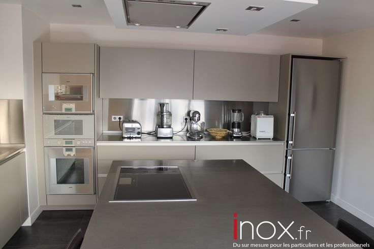 25 best ideas about credence inox on pinterest for Plaque inox pour recouvrir plan de travail cuisine