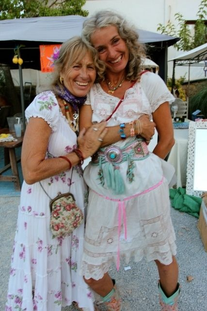 Las Dalias Hippie Market Ibiza  WORLD FAMILY stand