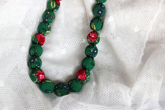Emerald green fiber necklace. Wooden beads and by EttarielArt