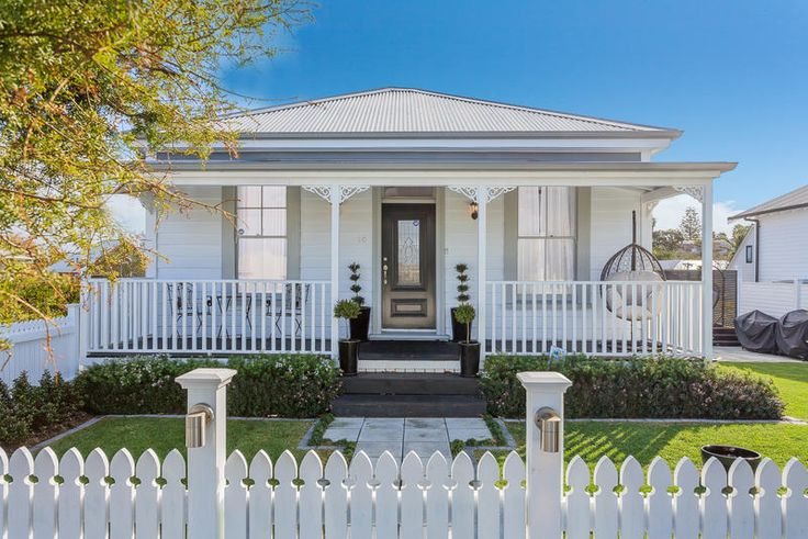 1C Eversleigh Rd Belmont, Picture Perfection (Listing: 524505) | Barfoot & Thompson
