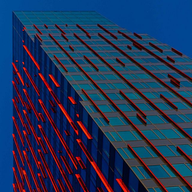 Red lines - - Explore / on1stsite. / (CC BY)