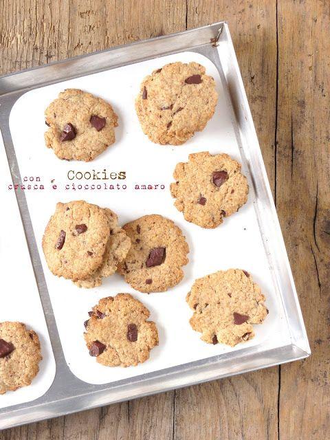 SenzalatteSenzauova: Cookies semintegrali con crusca e cioccolato amaro...