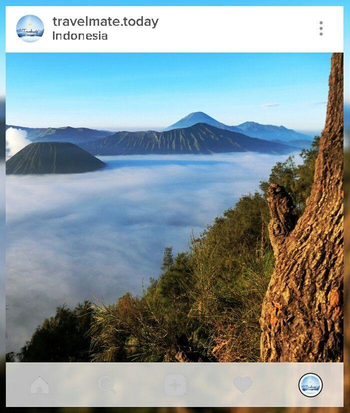 Negri diatas awan. Tag travelmate kamu . . #location : #mount Bromo.  . . Gunakan hashtag #travelmate siapa tau foto kamu selanjutnya yg kami repost . . . #travelmate #today #travelling #backpacker #today #love #heaven #folkindonesia#Mountain #volcano #Indonesia #Freeday #Friday Travelmate Today IndonesiaTravelmate Today Indonesia