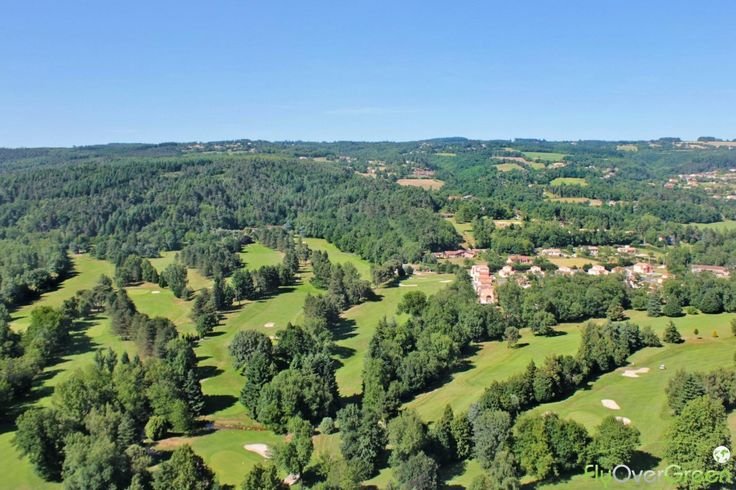 Golf de Mazamet La Barouge, Tarn, Occitanie, France. Vidéo aérienne sur FlyOverGreen / Aerial video on FlyOverGreen