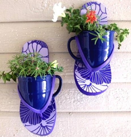 I love this cute and innovative flip flop decoration! Nail flip flops to a wall, insert coffee mugs or small flower pots. It will take you just minutes to hang and assemble them! Via Garden Share. This would look so sweet on a porch or a garden shed.