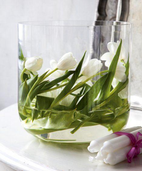 Jouluiset kukka-asetelmat